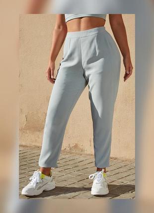 Жіночі штани / брюки