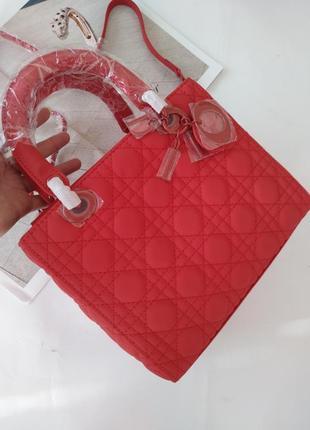 Женская красная сумка в матовой коже в стиле dior❣️