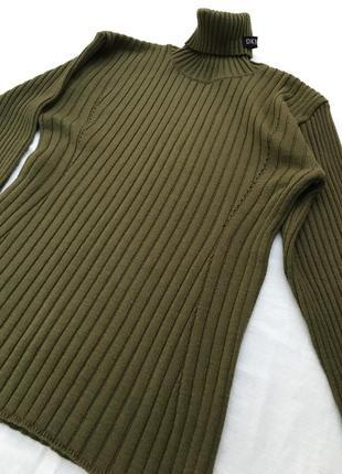 Шикарный шерстяной свитер от dkny винтаж