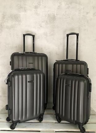 Акція! якісна валіза з протиударного пластику, качественный чемодан польша