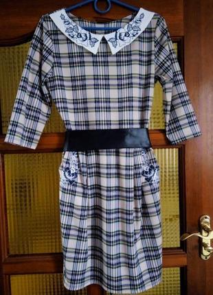 Жіноче плаття на зиму, весну 42 розмір