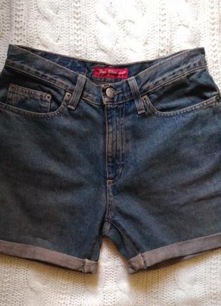 Короткие джинсовые шорты винтаж