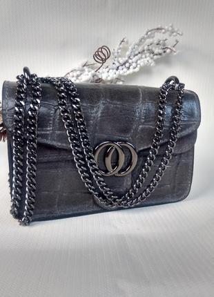 Итальянские кожаные сумочки клатчи на цепочке серые