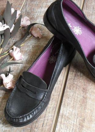 Cкидки на вещи!!! новые черные лофферы/туфли/балетки кожаные от moshulu  оригинал -39p