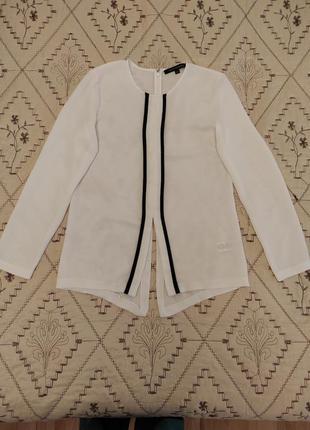 Блузка с контрастной отделкой
