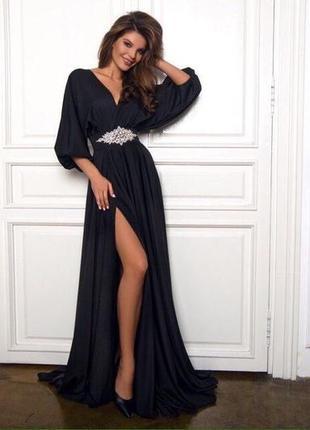 Вечернее чёрное платье для новогоднего вечера