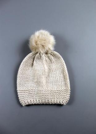 Тепла жіноча шапка с&a