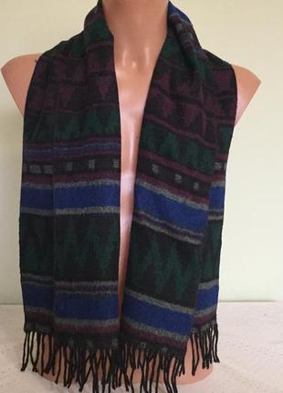 Стильный мужской шарф.