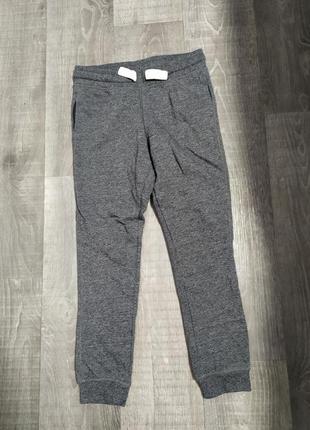 Теплые спортивные штаны с начёсом