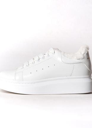 Зимние женские кроссовки на меху adidas alexander mcqueen белые (адидас, кросівки)