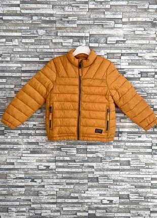 Нова демі куртка reserved