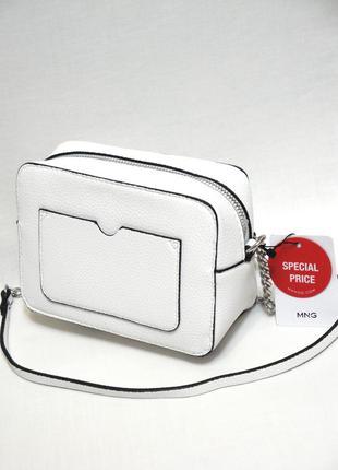 Новая с биркой стильная белая сумка через плечо кроссбоди от испанского бренда mango