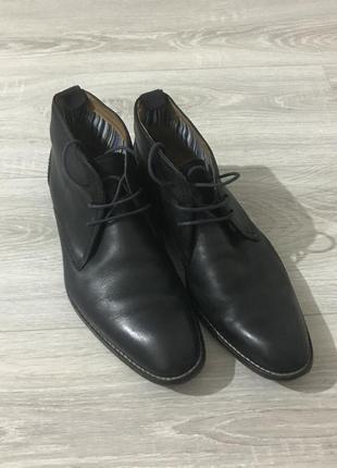 Фирменые кожаные туфли
