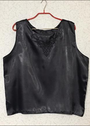 Нарядная шёлковая кофточка большой размер с вышивкой