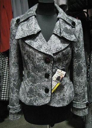 Пальто женское твид