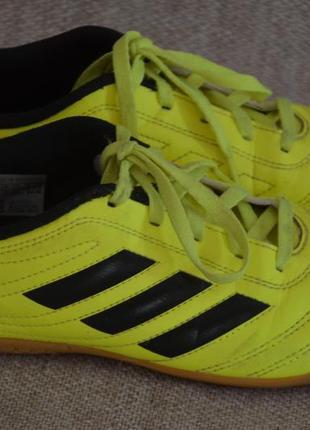 Оригинальные кроссовки adidas 34 разм, состояние новых
