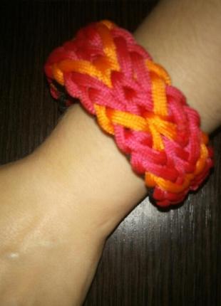 Красный браслет , женский браслет ручной работы