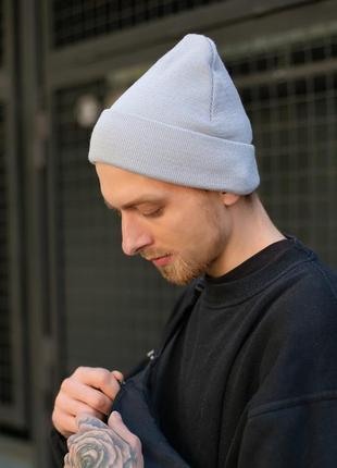 Трикотажная спортивная шапка бини на осень серого цвета without