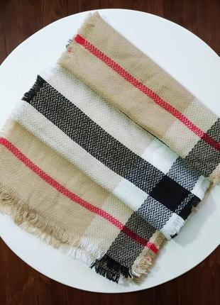 Бежевый клетчатый шарф
