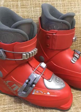 Детские горнолыжные ботинки tecnica. размер 18 см, европейский 29