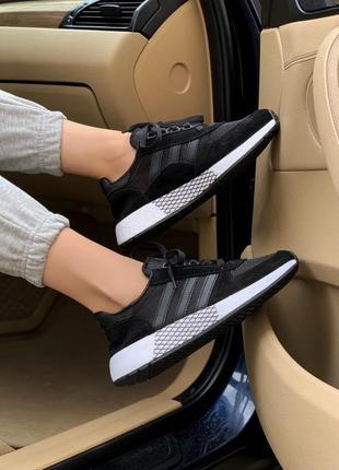 Кроссовки adidas marathon черные с белой подошвой