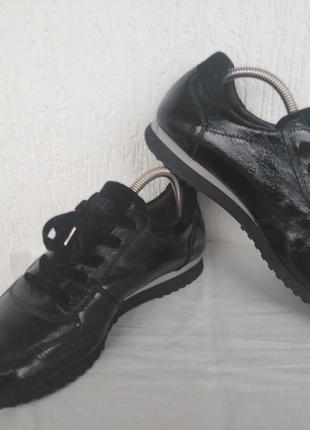 Спортивние туфли,кроссовки кожанние paul green р.39