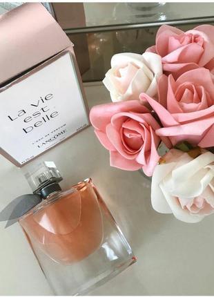 Женская парфюмированная вода la vie est belle lancome