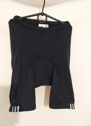 Спортивные шорты велосипедиста с памперсом.