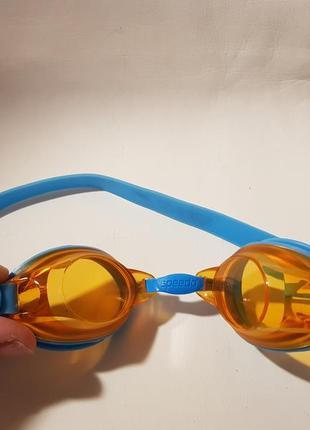 Плавательные  для ребенка очки speedo