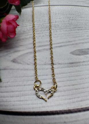 Цепочка с  кулоном сердце под золото