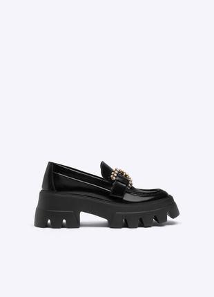 Кожаные лоферы туфли от uterque оригинал новые 2021