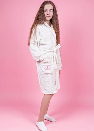 Плюшевый халат с капюшоном корона