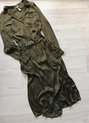 Сатиновое миди платье с длинным рукавом цвета хаки на пуговицах h&m