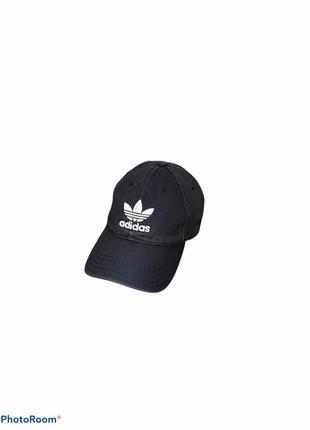 Кепка чёрная adidas originals оригинал
