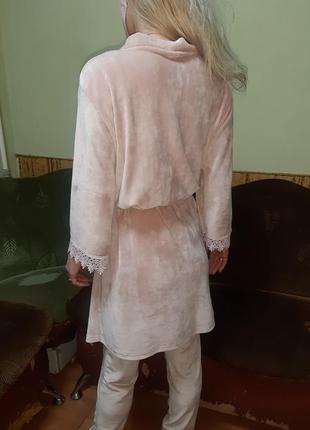 Комплект велюровый халат+майка+шорты+штаны,с французский кружевом