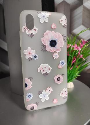Силиконовый чехол для xiaomi redmi 7a белый полупрозрачный с цветами