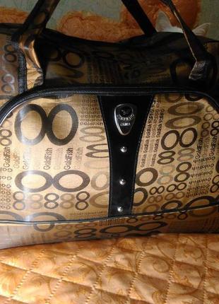 Дорожная сумка / вместительная