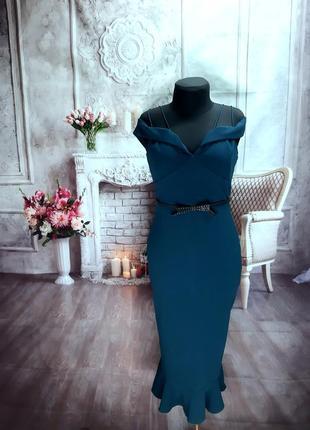 Мега стильное силуэтное платье миди