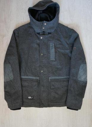 Продается стильное  полушерстяное пальто от dissident