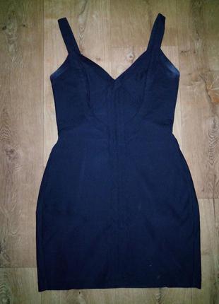 Короткое чёрное платье  zara