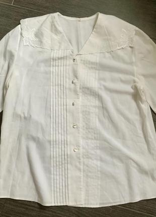 Нежная винтажная блуза с отложным воротником