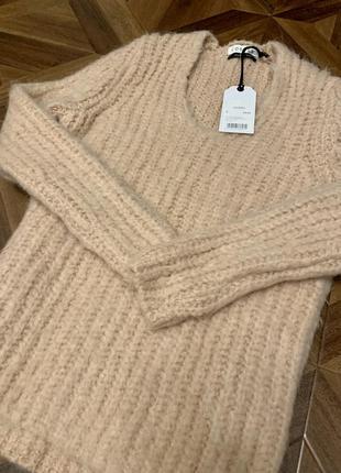 Новый свитер costes