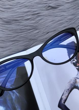 Уценка! прозрачные очки в черной пластиковой оправе для пк4 фото