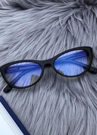 Уценка! прозрачные очки в черной пластиковой оправе для пк