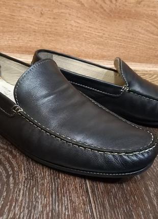 Кожаные весенние туфли