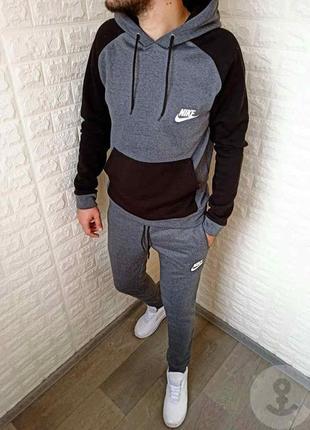 Мужской спортивный костюм на микрофлисе, теплый и удобный