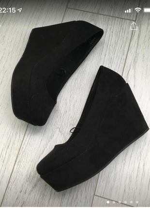 Туфли на танкетке платформе квадратный носок
