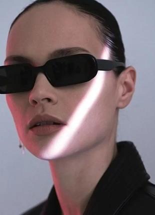Качественные черные очки овальные солнцезащитные имиджевые ретро окуляри тренд чорні
