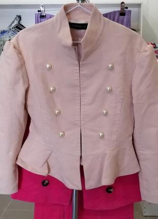 Пиджак с большими бусинами zara