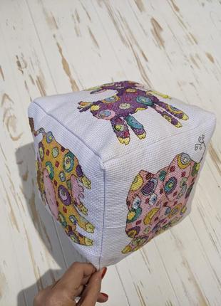 Игрушки кубик